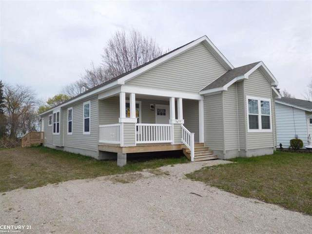 7677 Holiday, Worth Twp, MI 48450 (#58050039938) :: Real Estate For A CAUSE