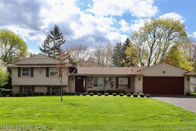 6648 Timber Ridge Drive, Bloomfield Twp, MI 48301 (#2210029549) :: Real Estate For A CAUSE