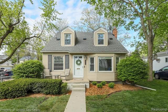 2913 Robina Avenue, Berkley, MI 48072 (#2210029597) :: Real Estate For A CAUSE