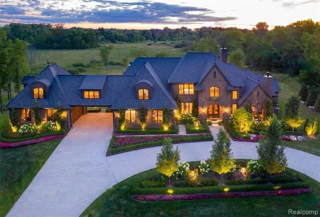8927 Fran Dor Lane, Salem Twp, MI 48168 (#2210029719) :: Real Estate For A CAUSE