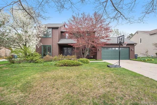 2115 Crestland Drive, Ann Arbor, MI 48104 (#2210029758) :: Real Estate For A CAUSE