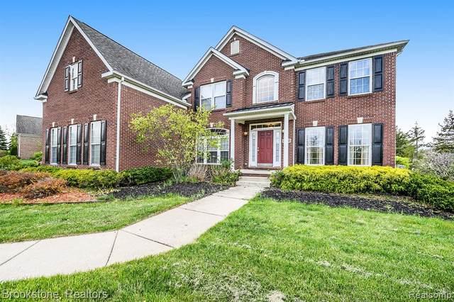 24065 Lyon Ridge Drive, South Lyon, MI 48178 (#2210029931) :: Duneske Real Estate Advisors