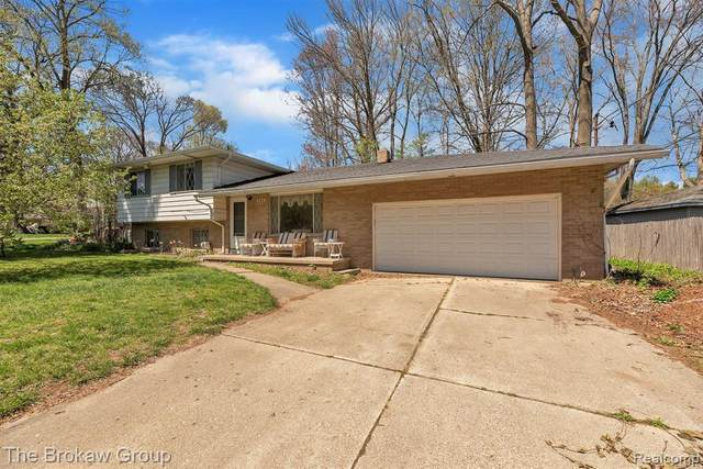 4279 Gregor Street S, Genesee Twp, MI 48437 (#2210030776) :: Real Estate For A CAUSE