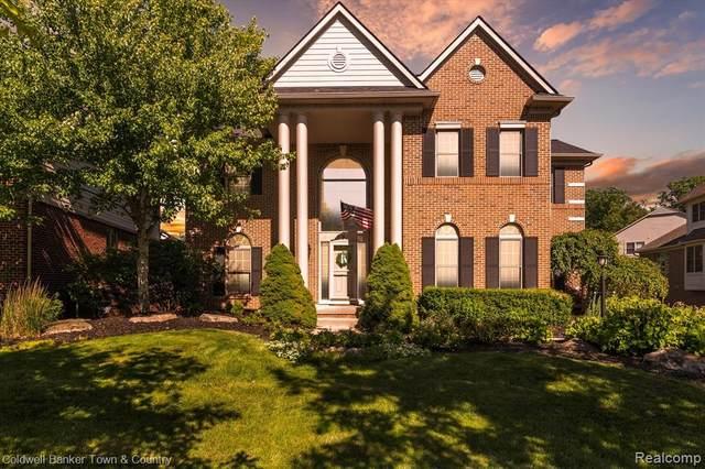 41571 Steinbeck Glen, Novi, MI 48377 (#2210031027) :: Duneske Real Estate Advisors