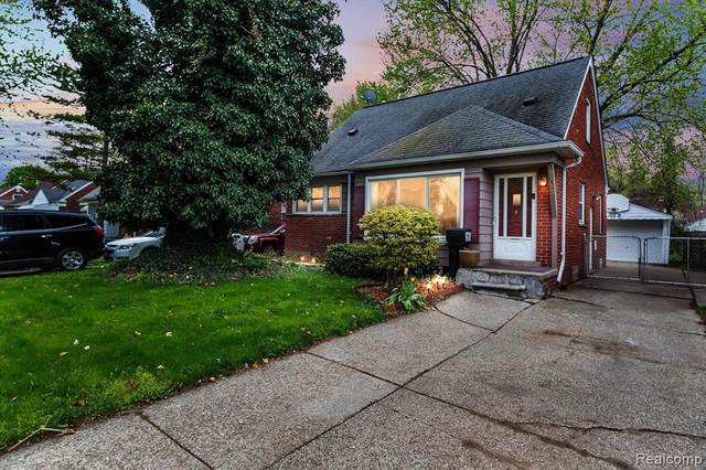 9387 Salem, Redford Twp, MI 48239 (#2210031041) :: Real Estate For A CAUSE