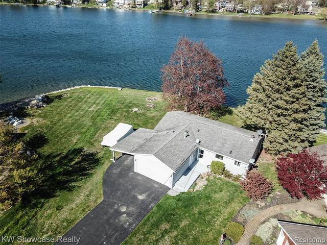 773 Ranveen Drive, White Lake Twp, MI 48386 (#2210031301) :: Real Estate For A CAUSE
