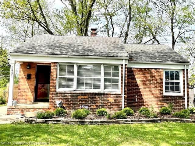 2481 Ellwood, Berkley, MI 48072 (#2210031325) :: Real Estate For A CAUSE