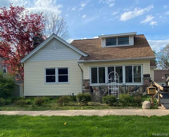 312 South Street, Chelsea, MI 48118 (#2210031330) :: Real Estate For A CAUSE