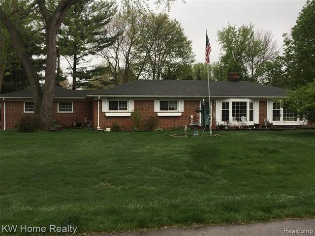 35117 Gary St, Farmington Hills, MI 48331 (#2210031598) :: Real Estate For A CAUSE