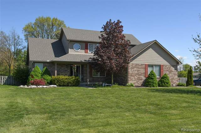35402 Brookstone Drive, Huron Twp, MI 48164 (#2210031741) :: Real Estate For A CAUSE