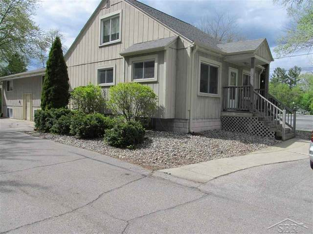 2195 N Center, Saginaw Twp, MI 48603 (#61050041044) :: The Alex Nugent Team | Real Estate One