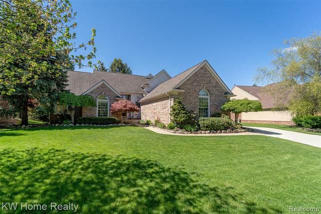 43105 Ashbury Drive, Novi, MI 48375 (#2210033372) :: Duneske Real Estate Advisors