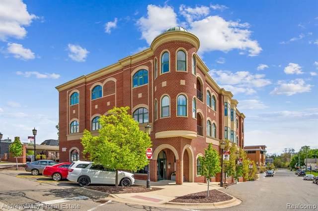335 E Cady Street, Northville, MI 48167 (#2210033657) :: Duneske Real Estate Advisors