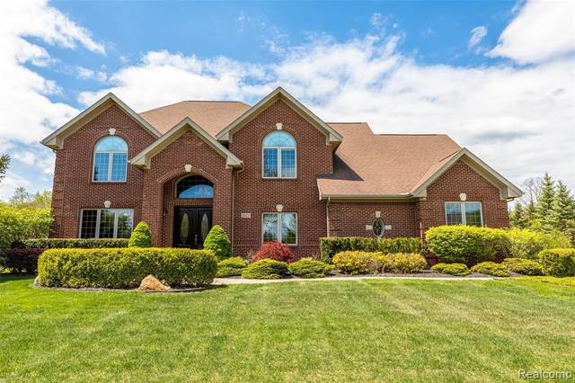 22275 Waterland Drive, Novi, MI 48167 (#2210034602) :: Keller Williams West Bloomfield