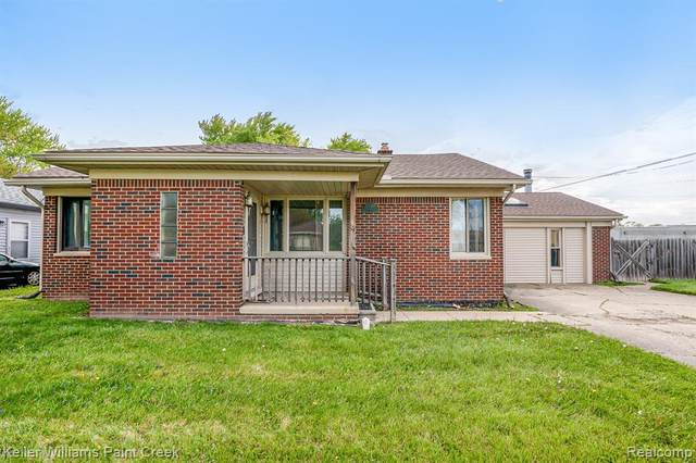 22529 Lambrecht Avenue, Eastpointe, MI 48021 (#2210034676) :: Alan Brown Group