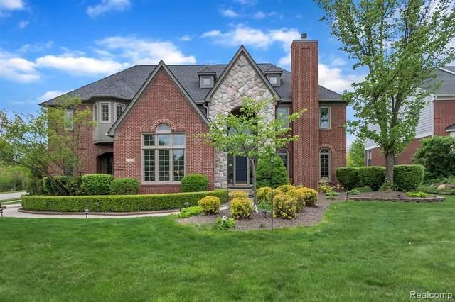 23537 Broadmoor Park Lane, Novi, MI 48374 (#2210035821) :: Duneske Real Estate Advisors