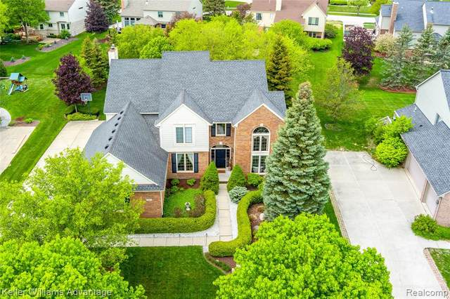 24079 Elizabeth Lane, Novi, MI 48374 (#2210036950) :: Duneske Real Estate Advisors