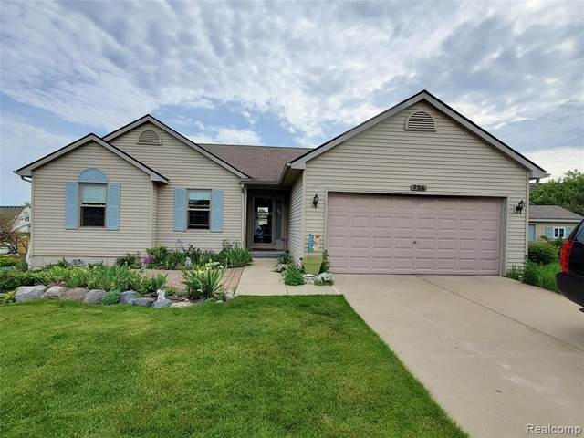 554 Sunflower Drive, Linden, MI 48451 (#2210038475) :: Real Estate For A CAUSE