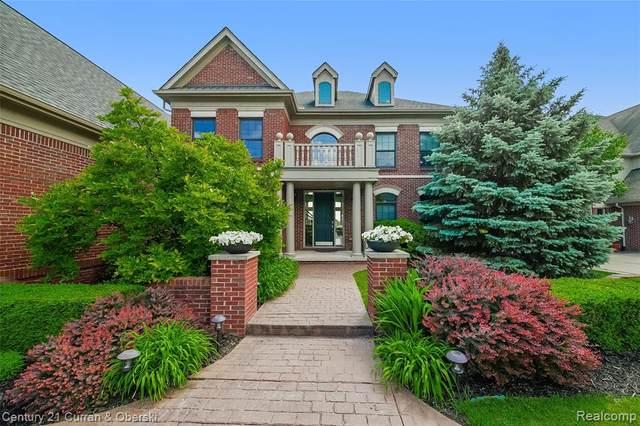 18268 Parkshore Drive, Northville Twp, MI 48168 (#2210038924) :: Duneske Real Estate Advisors