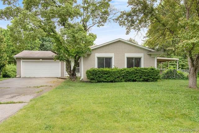 22632 Winfield Road, Novi, MI 48375 (#2210040579) :: Duneske Real Estate Advisors
