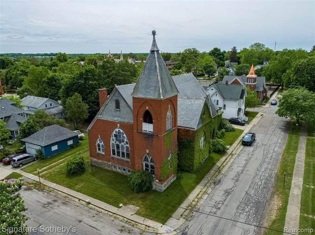 349 N Monroe Street, Lapeer, MI 48446 (#2210041176) :: National Realty Centers, Inc