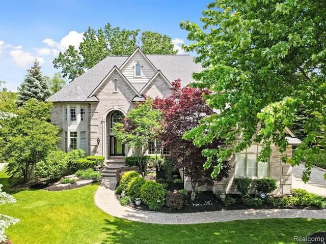 3456 Vineyard Hill Drive, Oakland Twp, MI 48306 (#2210041711) :: Duneske Real Estate Advisors