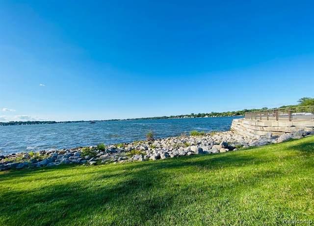 42649 Faulkner Drive, Novi, MI 48377 (#2210042040) :: Duneske Real Estate Advisors