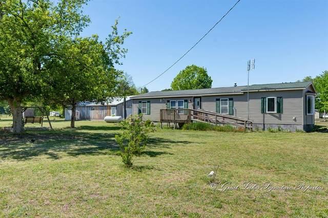 10255 S Osborn Avenue, Bridgeton Twp, MI 49412 (#65021020824) :: Real Estate For A CAUSE