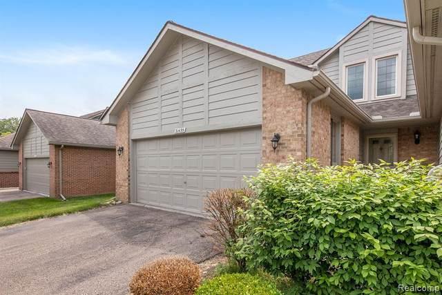 31455 Merriwood Park Drive #12, Livonia, MI 48152 (#2210043500) :: Novak & Associates
