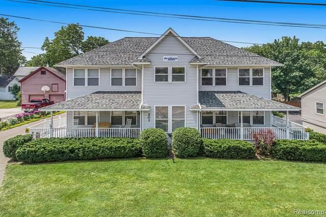203 N Saginaw Street, Holly Vlg, MI 48442 (#2210044081) :: Real Estate For A CAUSE