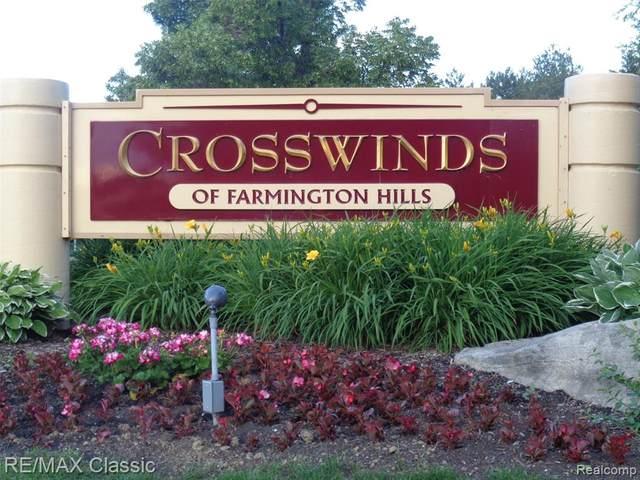 31198 Country Way, Farmington Hills, MI 48331 (#2210044239) :: BestMichiganHouses.com