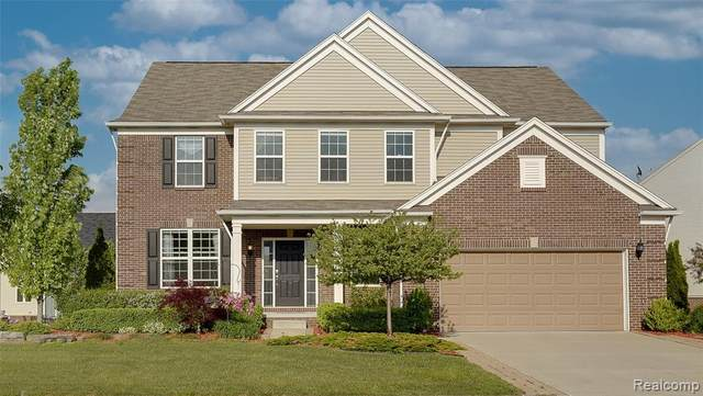 58862 Peters Barn Drive, South Lyon, MI 48178 (#2210044407) :: Duneske Real Estate Advisors