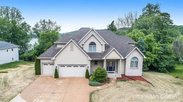 4196 Winding Way, Kalamazoo Twp, MI 49004 (#65021021879) :: GK Real Estate Team