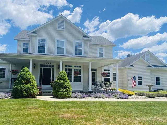 4024 Lone, Tittabawassee Twp, MI 48623 (#61050044692) :: Real Estate For A CAUSE