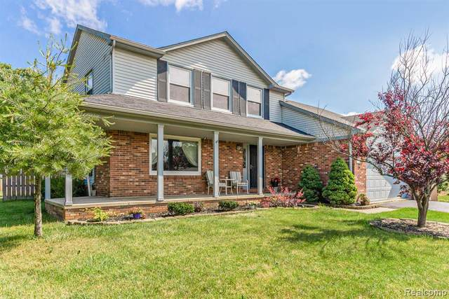11110 Fieldcrest Meadows Court, White Lake Twp, MI 48386 (#2210044769) :: Real Estate For A CAUSE