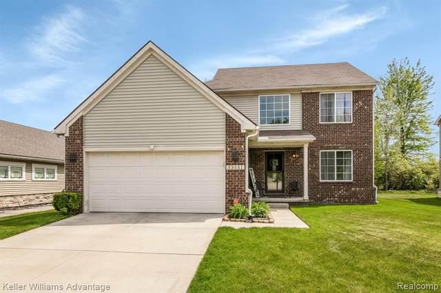 33551 Bay Hill Drive, Romulus, MI 48174 (#2210044964) :: Duneske Real Estate Advisors