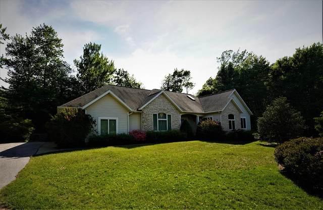 643 Ranch Drive, Norton Shores, MI 49441 (#71021022504) :: Alan Brown Group