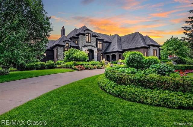 47825 Bellagio Drive, Novi, MI 48167 (#2210045711) :: Duneske Real Estate Advisors