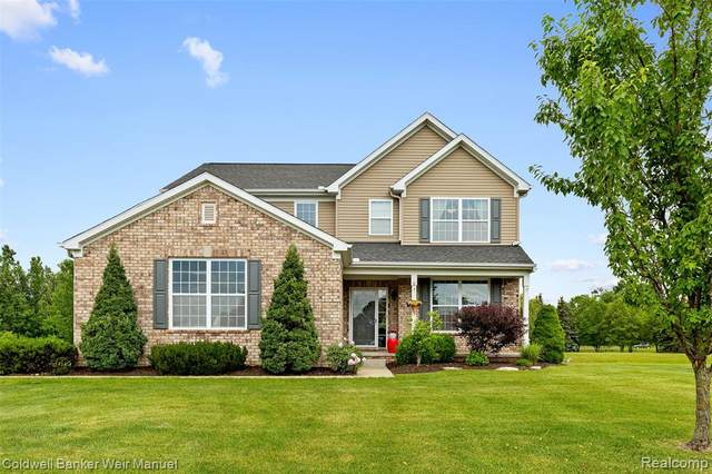 26084 Creekside Drive, Lyon Twp, MI 48165 (#2210045894) :: Duneske Real Estate Advisors