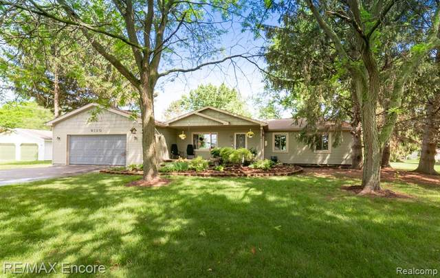 9130 Crosby Lake Road, Springfield Twp, MI 48346 (#2210045925) :: GK Real Estate Team