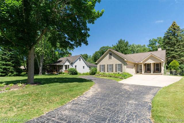 3518 Floretta Street, Waterford Twp, MI 48346 (#2210046715) :: Real Estate For A CAUSE