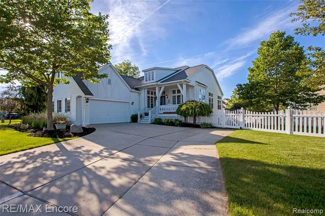 1415 Fountain View Lane, Oxford Twp, MI 48371 (#2210046822) :: Real Estate For A CAUSE