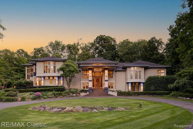 12753 Mystic Forest Drive, Plymouth Twp, MI 48170 (#2210047321) :: Duneske Real Estate Advisors
