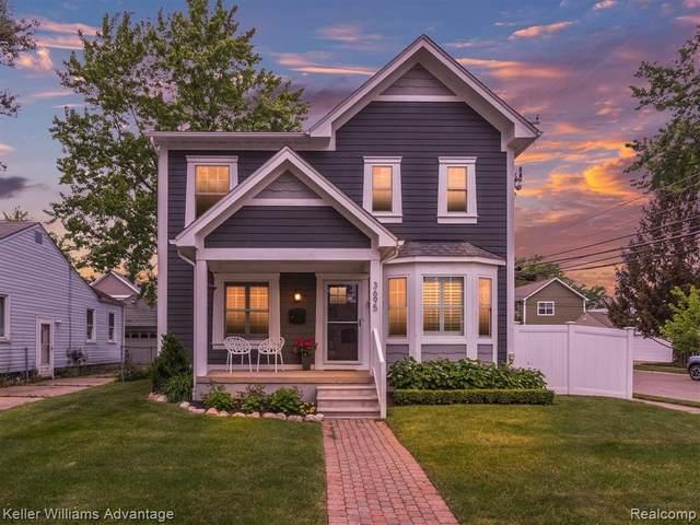 3695 Phillips Avenue, Berkley, MI 48072 (#2210047927) :: Real Estate For A CAUSE