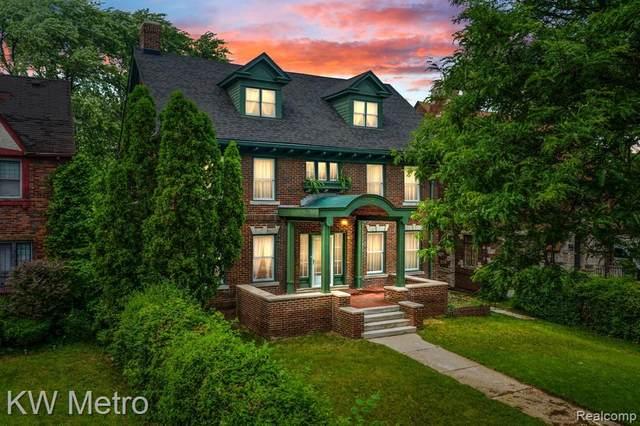 1936 W Boston Boulevard, Detroit, MI 48206 (#2210048067) :: Duneske Real Estate Advisors
