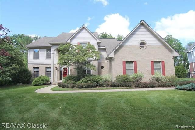 24323 Lynwood Drive, Novi, MI 48374 (#2210052394) :: Duneske Real Estate Advisors
