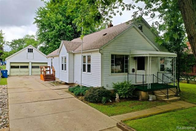 5080 Mclain Street, Swartz Creek, MI 48473 (#2210052521) :: Real Estate For A CAUSE