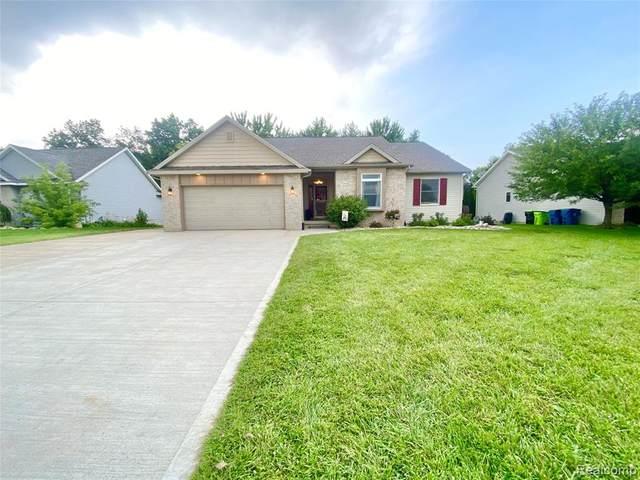 7112 Parkridge Parkway, Swartz Creek, MI 48473 (#2210053067) :: Real Estate For A CAUSE