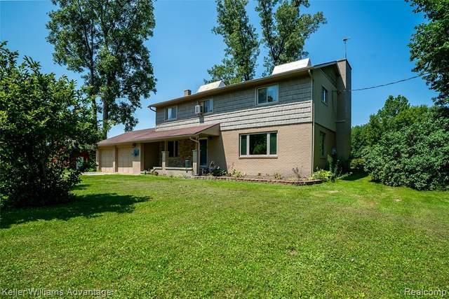 7210 Drexler Road, ST. CLAIR TWP, MI 48079 (#2210053187) :: GK Real Estate Team