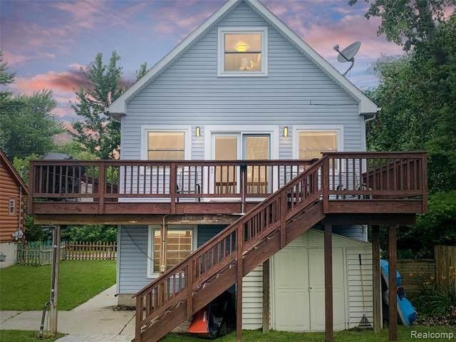 7468 Lakeshore Drive, Estral Beach Vlg, MI 48166 (#2210053537) :: Duneske Real Estate Advisors
